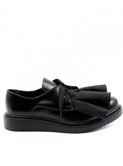 Pantofi din piele cu siret si volane Meekee