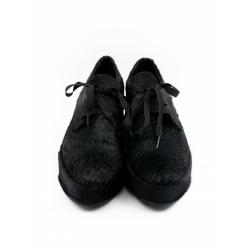 Pantofi negri cu siret si talpa inalta
