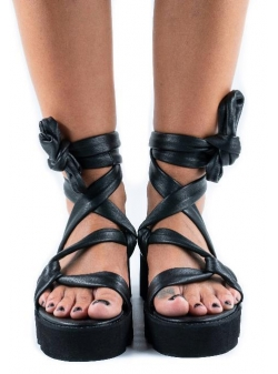 Black Sandals Web Meekee