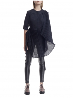 Asymmetric skirt with side folds Larisa Dragna