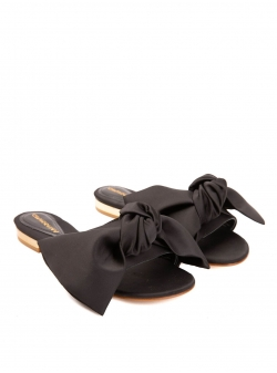 Black satin slippers with bow Ginissima