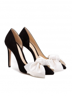 Black stiletto shoes with contrasting bow Ginissima