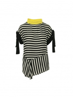 Striped viscose top with contrasting collar Larisa Dragna
