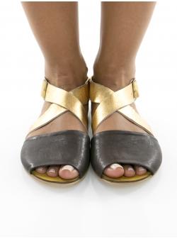 Sandale negre cu auriu Twist Meekee