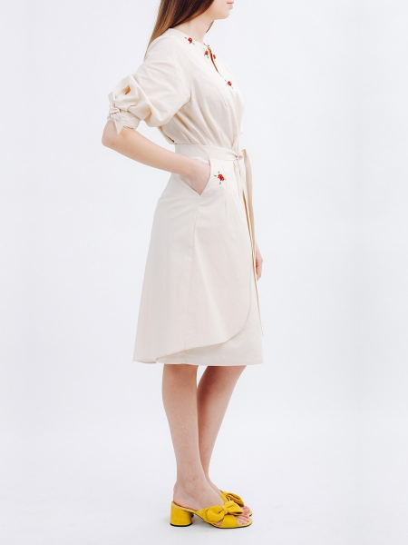 Beige Tunic and Skirt Set with Embroidered Details