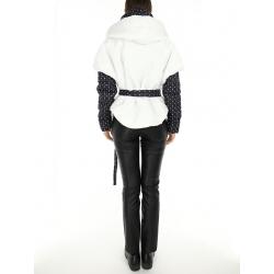 Jacheta alba din fas cu buline