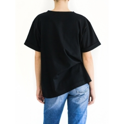 Black T-shirt With Print Sketch