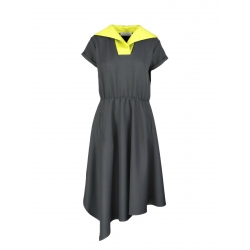 Asymmetrical dress with contrasting collar