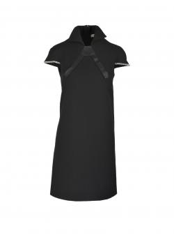 Rochie neagra cu maneci scurte si aplicatii metalice