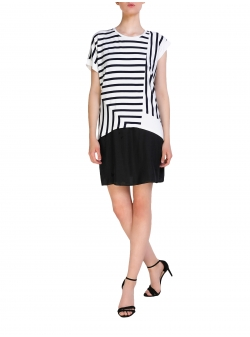 Asymmetric Top With Stripes Larisa Dragna