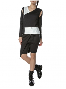 Black And White Top Entino
