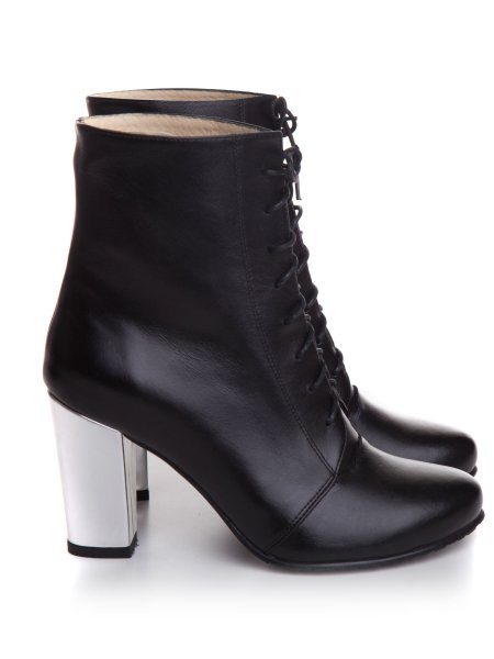 Black Leather Boots With Block Heels