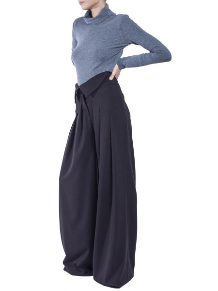High-Waist Flared BlackTrousers